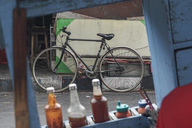Pedalling Through Yogya's Kota Gede