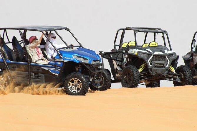 Safari dans le désert en buggy dans les dunes avec embarquement sur sable et dîner au camp dans le désert