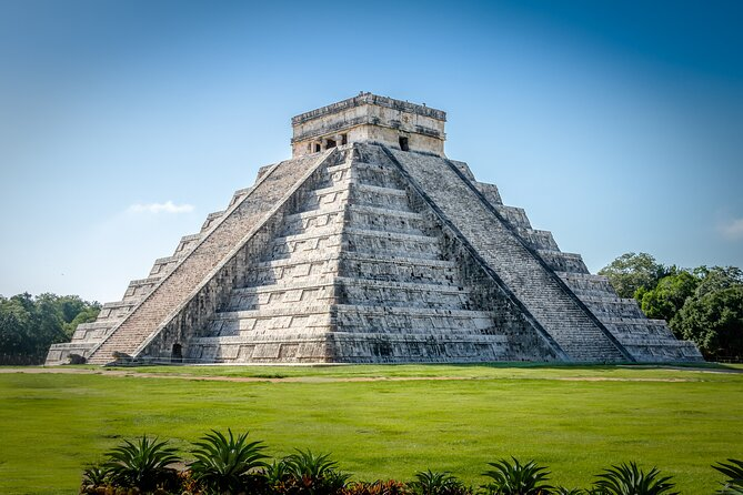 Discover one of the Seven wonders of the world in México