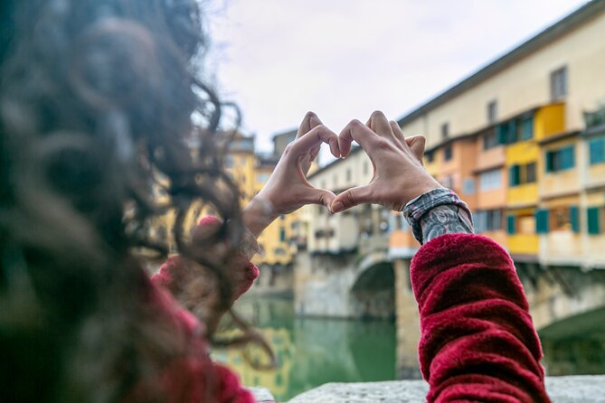 Florence by Night Guided Walking Tour:Duomo Old Bridge & All Must-See Highlights