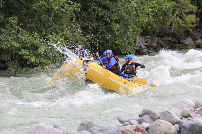 Private Cheakamus River Rafting Experience