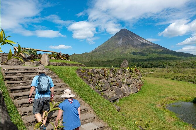 Arenal Volcano National Park Guided Hike