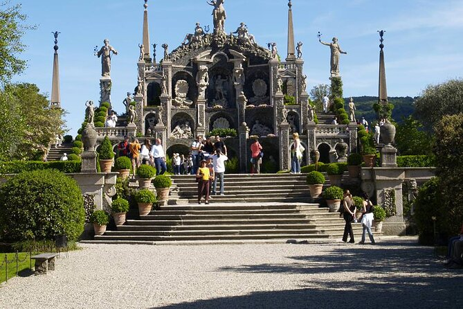 Stresa: Day Pass Isola Bella Hop-On Hop-Off Boat Tour