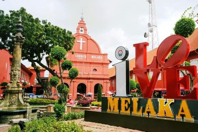 Malacca Day Tour with Melaka River Cruise from Singapore (via drive-thru border)