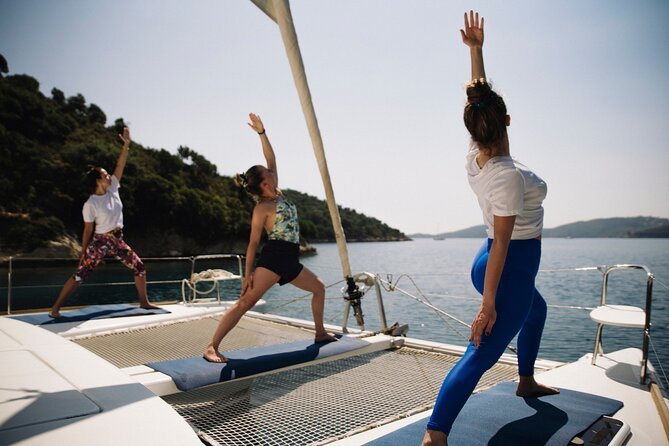 Small-Group Catamaran Yoga Session with Sailing Experience