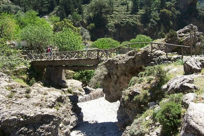 Private Roundtrip Transfer from Chania to Samaria Gorge Park