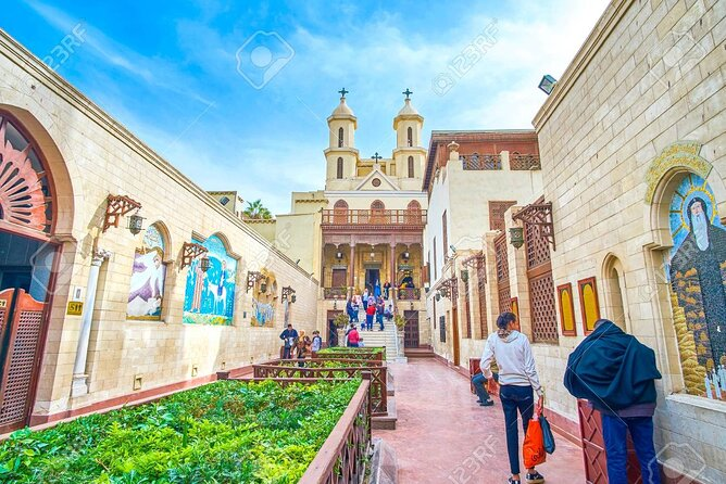 4-hours private Tour to Islamic Mosque and Coptic Cairo