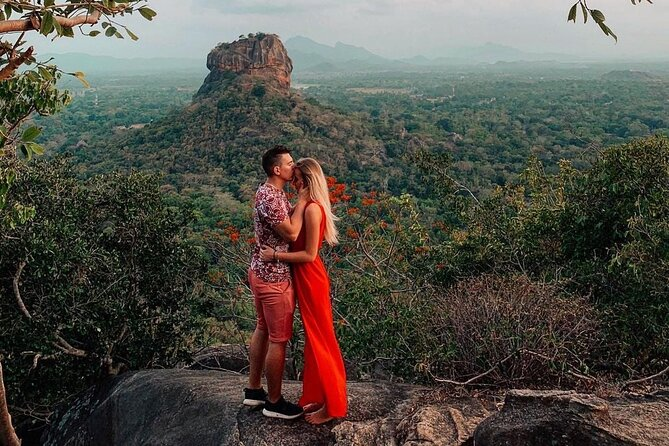 Sri Lanka tour package with H/B accommodations and privet driver 9 days