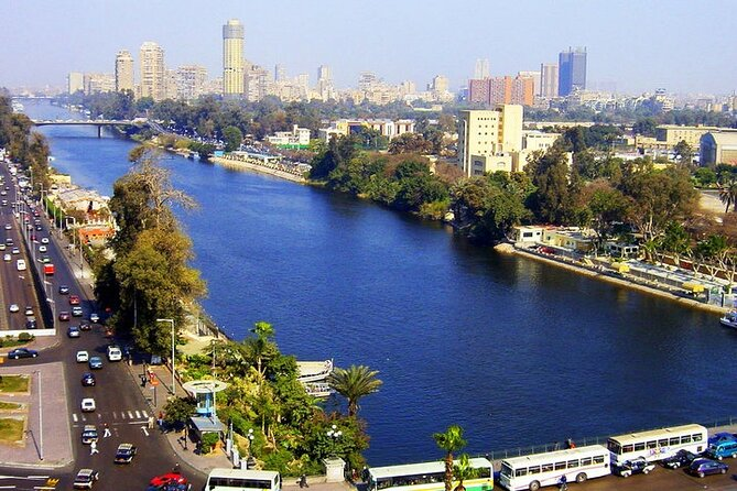 Downtown Cairo Half-Day Tour with Egyptian Dinner