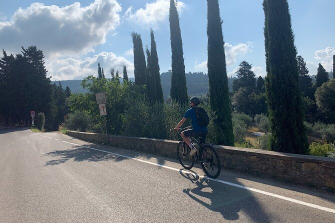 Explore Fiesole by Bike and Wine Tasting with Guide