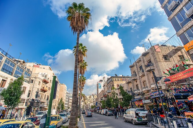Private Panoramic Tour of Amman with Local Lunch or Dinner
