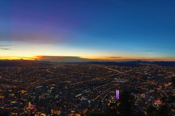 Night City Tour with Monserrate & Andres DC - Group tour with Daily departure
