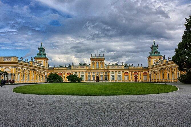 Wilanów Royal Palace + Polish Vodka Museum: SMALL GROUP /inc. Pick-up/