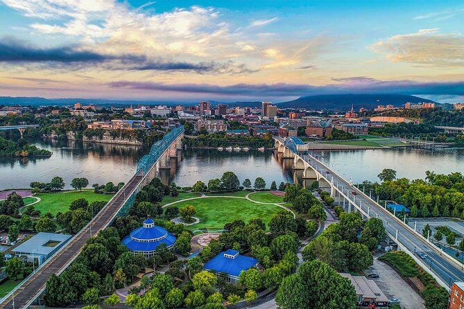 Private Helicopter Tour of Downtown Chattanooga