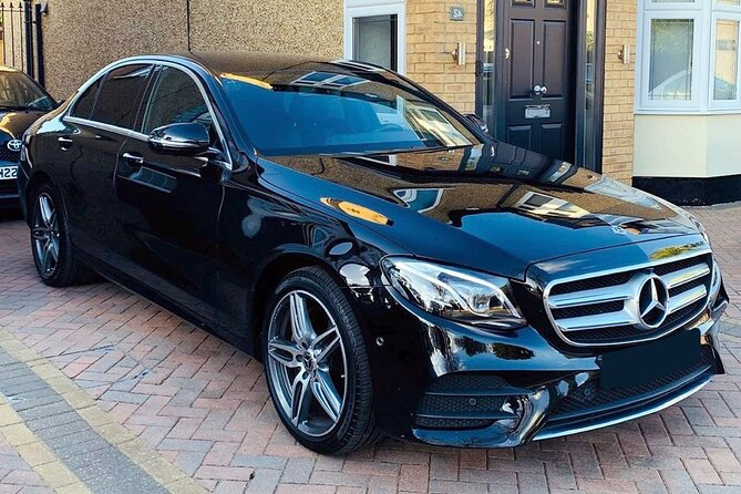 Private Transfer from Newark Airport EWR to New York in Business Car