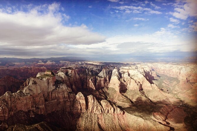 100 Mile Zion National Park Panoramic Helicopter Flight