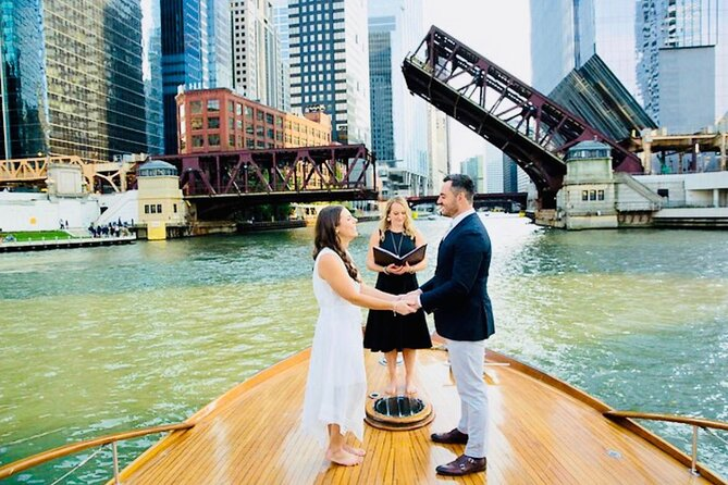 Chicago Elopement! City Landmark Photoshoot, Private Driver, and More!