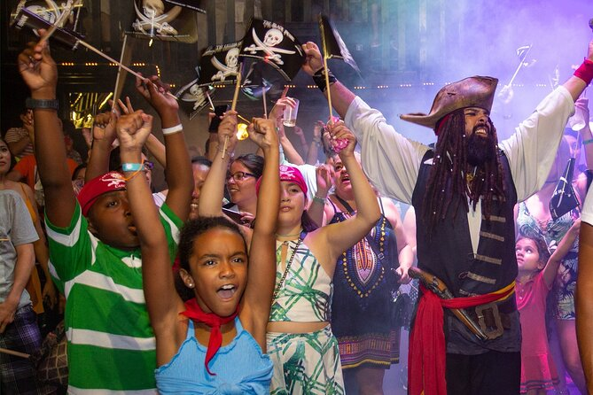 The Best Pirate Night, Dinner Show at Cancún for the best price.