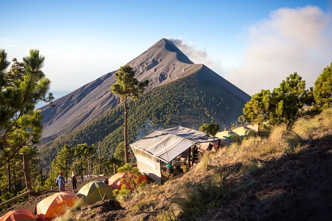 7-Day Private Cultural Tour in Guatemala: Volcanoes, Coffee Farm, Charity Visits