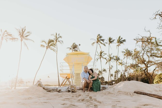 60-Minute Private Vacation Photography Session with Local Photographer in Maui