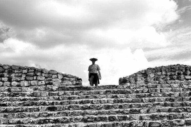 Pilgrimage with Researcher to Cañada de la Virgen, Hill of the Ancestors