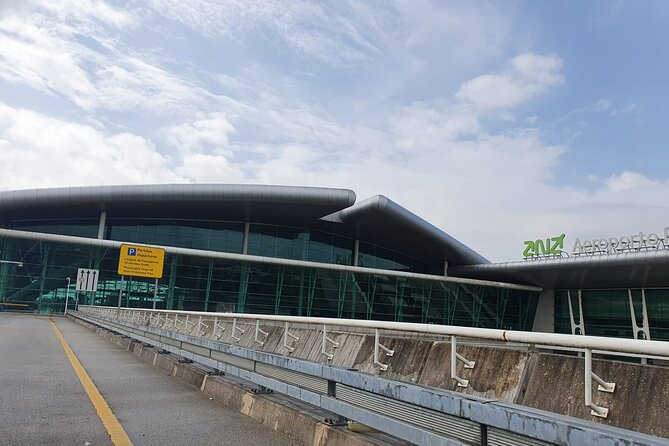 Porto Airport Private Transfer One-way