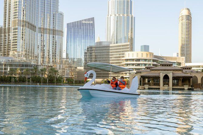 Burj Khalifa -The Dubai Fountain Water Experience
