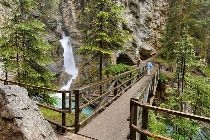 eBike and Hike Banff to Johnston Canyon MODERATE small group guided program