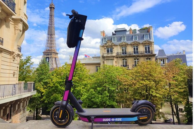 Full Day Audioguided E-Scooter Tour in Paris (App + GPS)