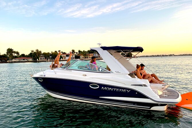 Half-Day 29-foot Sport Yacht Tour in Miami