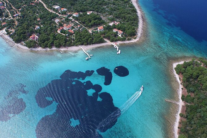 Private Blue Lagoon and Trogir Half-day Speedboat Tour from Split