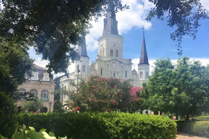 New Orleans Historical and Haunted Walking Tour