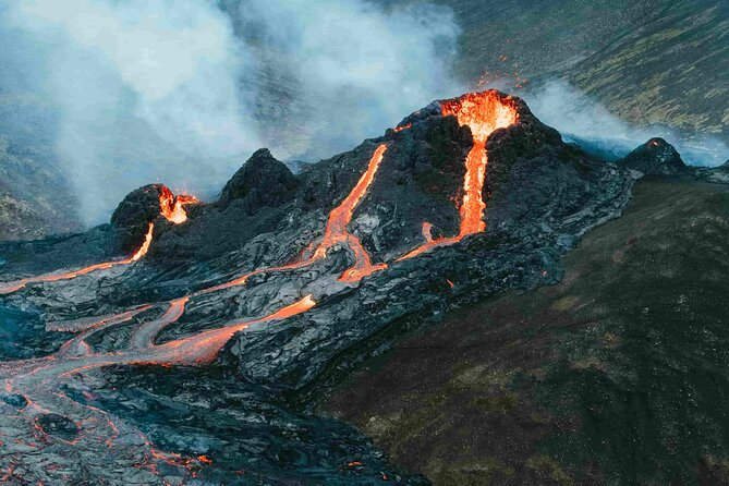 Small Group Active Volcano Hike and Blue Lagoon Day Tour from Reykjavík