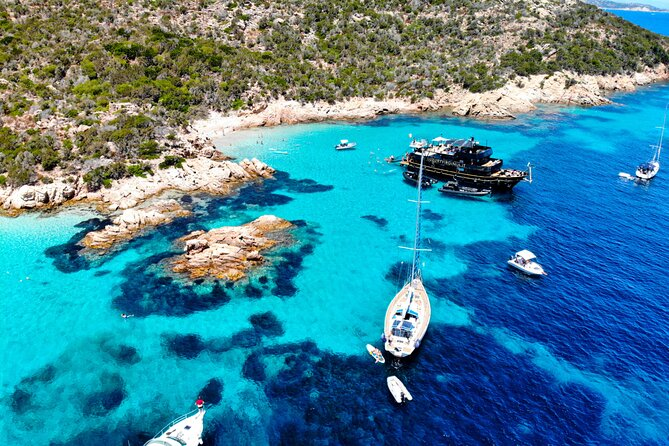 One Day Tour of the La Maddalena Archipelago by Yacht