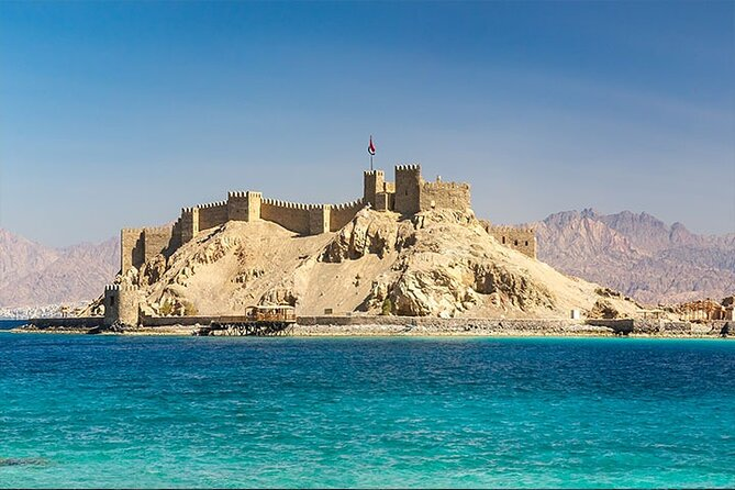 Private Full Day Tour to Aqaba Red Sea from Petra Hotels.