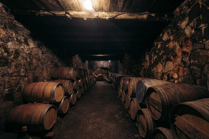 Chania Private Half-Day Gastronomy Diaries in Dourakis Winery