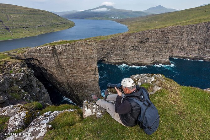 Full-day Lake Above The Ocean and Cliffs Tour from Tórshavn