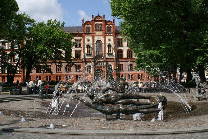 2-hour city tour through Rostock