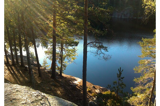 Half-Day Nuuksio National Park Tour with Pickup from Helsinki