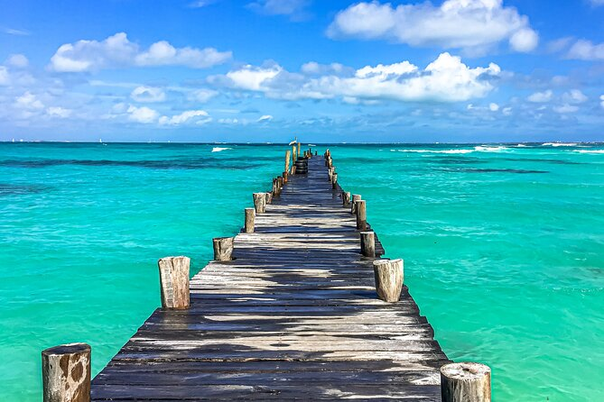 Playa del Carmen to Cancún - Private Transfer with Optional Sightseeing