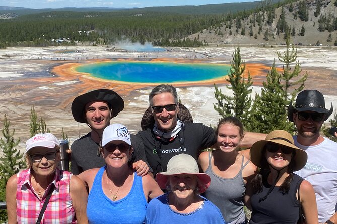 4 Person Full-Day PRIVATE Yellowstone Tour in a Raised Roof Van- Picnic Lunch