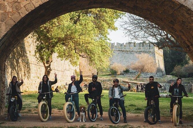 Retro E-Bike Photo stop tour