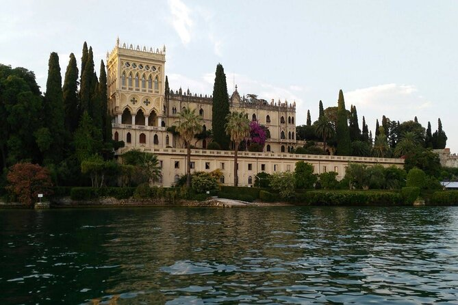 Boat Tour of the Islands of Lake Garda with Aperitif