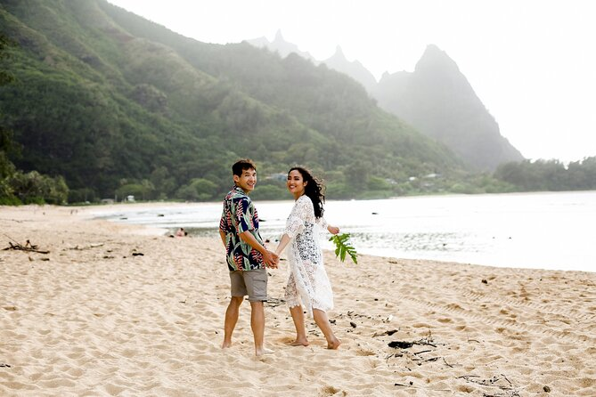 Private Vacation Photography Session with Local Photographer in Kauai
