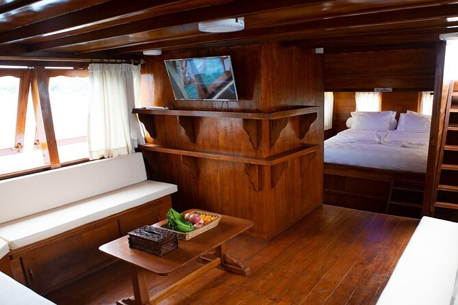 3D2N Komodo Private Boat Tour for 4 Persons