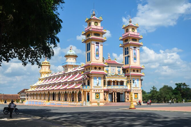 Tay Ninh's Caodaism and the Cu Chi Tunnels