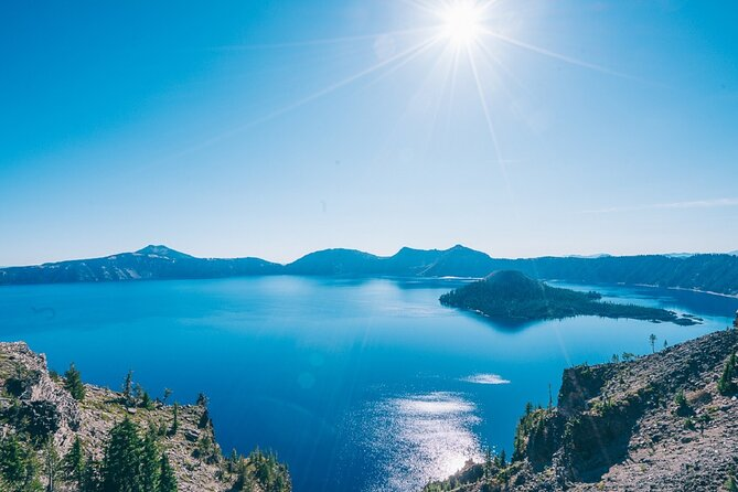 Private Crater Lake Day Trip from Eugene