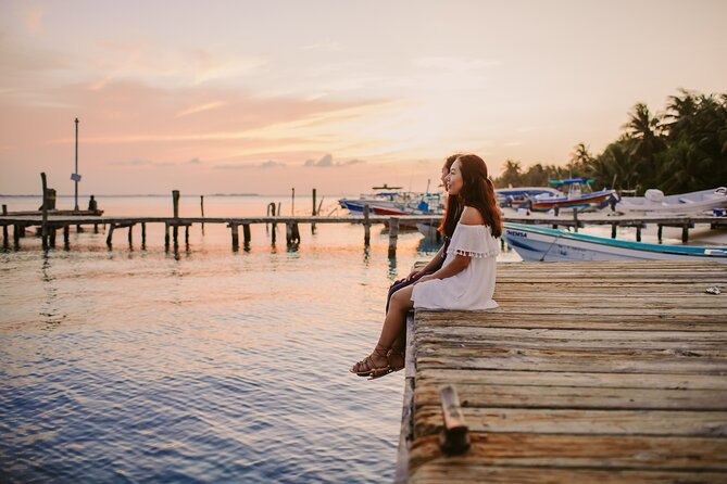 Private Vacation Photography Session with Local Photographer in Cancun