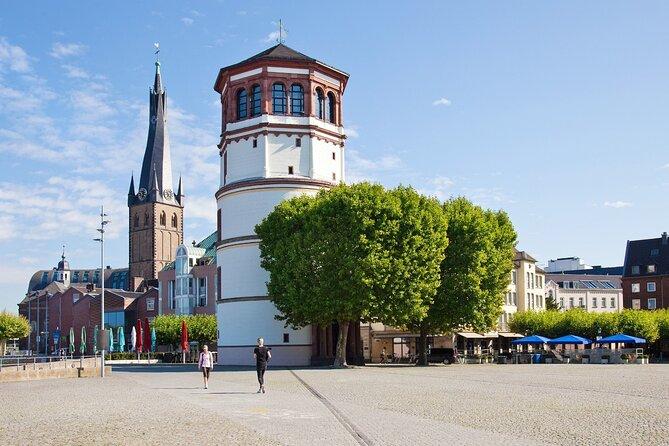 Digital scavenger hunt around the old town of Düsseldorf