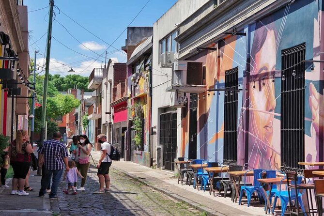 Half Day Walking Tour Discovering Palermo Soho & Graffiti in Buenos Aires